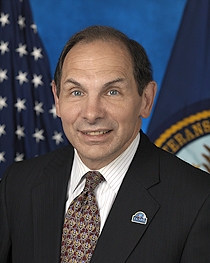 VA Secretart Robert McDonald
